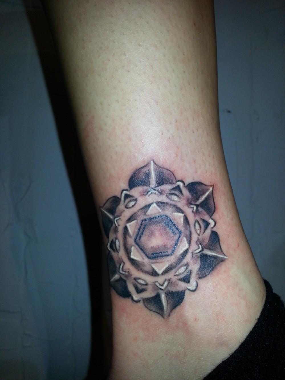 custom grayscale gradient mandala rosette 3D tattoo ankle Majestic Tattoo NYC