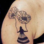 tattoo brooklyn flower sophie blanchard woman tatto blackwork on shoulder milene lichtwarck