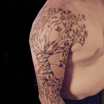 tattoo brooklyn freehand tree tattoo linework milene lichtwarck